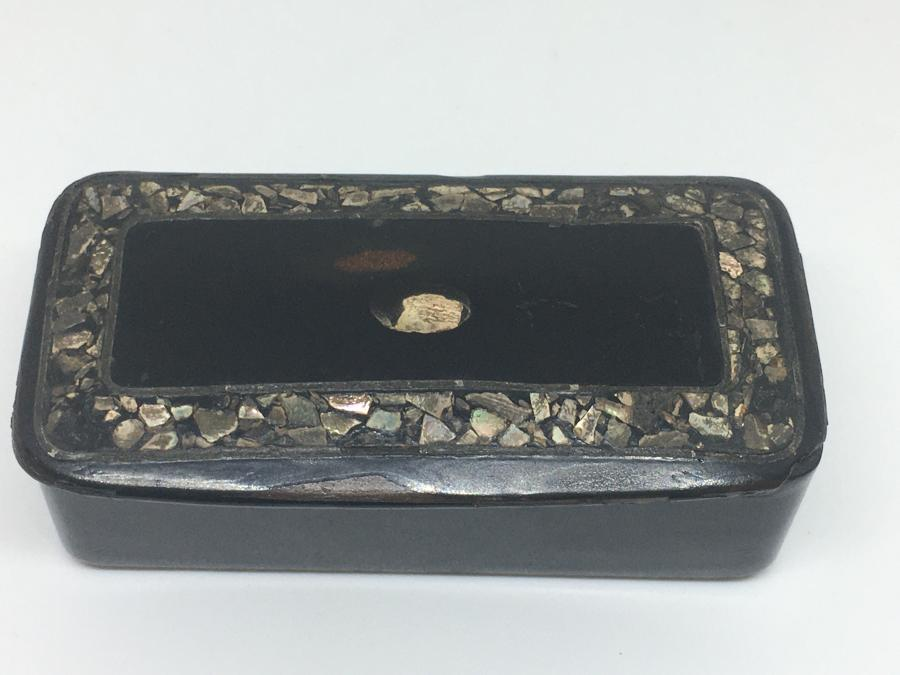Victorian Papier Mache Snuff Box With Mother Of Pearl Detail