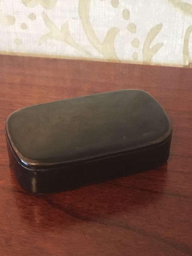 Mid Victorian Lacquered Papier Mache Snuff Box