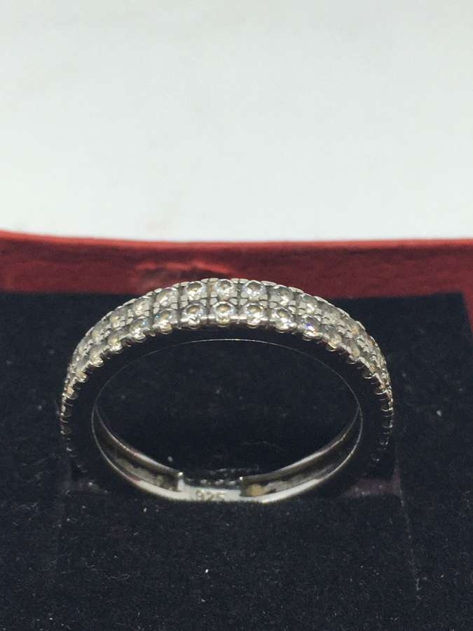 925 Silver & Cubic Zirconia Ring