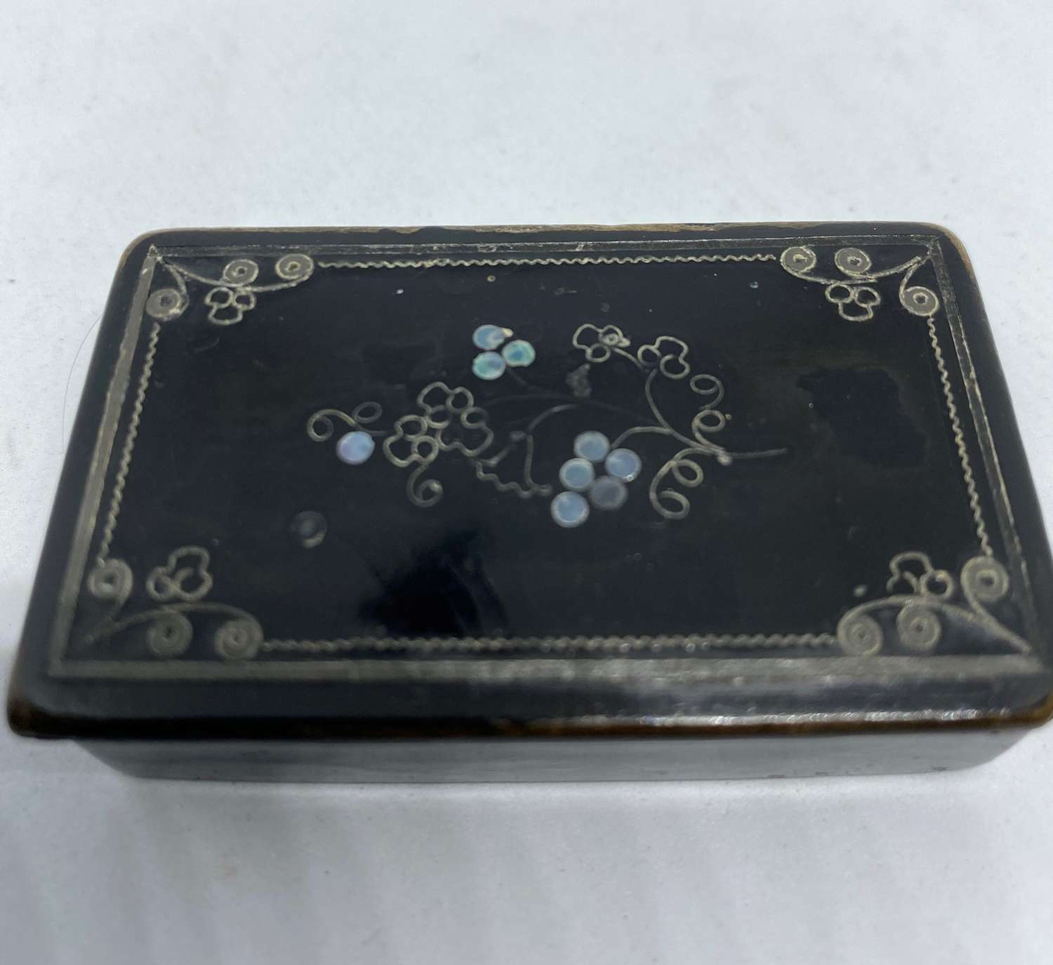 Antique Papier Mache Snuff Box