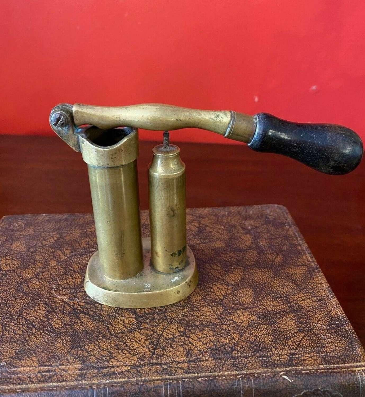 Shotgun Cartridge Loader