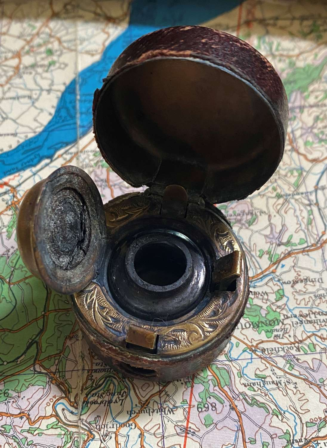 Victorian Leather Travelling Inkwell