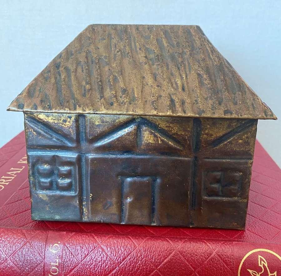 Linton Wooden House Tobacco Box