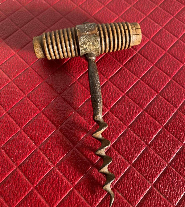 Direct Pull Corkscrew By LM Paris